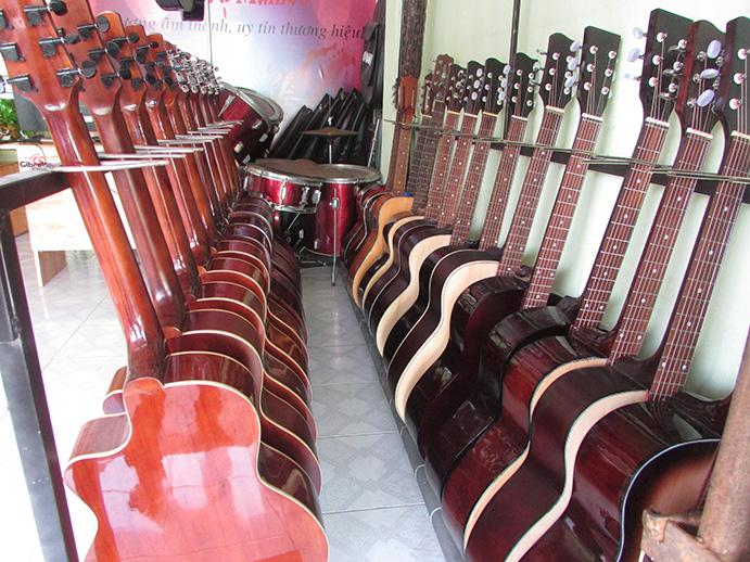 đàn guitar giá rẻ quận thủ đức-TP hcm