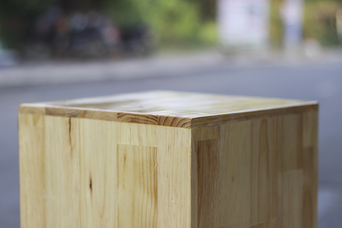 Chi tiết bề mặt trống cajon cj-90 gỗ thông